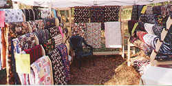 Snugglers Quilts Booth